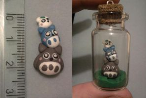 Bottle 4 cm with Totoro fimo by bimbalove81