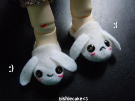 lil bunny slippers by bishiecake
