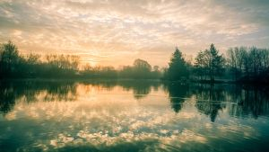 Daybreaks on the Mill Pond by snomanda