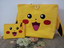 Handmade Pokemon Pikachu Purse and Clutch Set by RbitencourtUSA