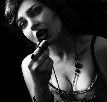 Eat your Heart (BW) by emmagucci