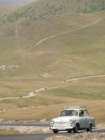 Trabant on Transalpina by lumixdmc850