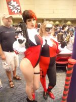Fan Expo 2014: Harley Quinns by NaruHinaFanatic