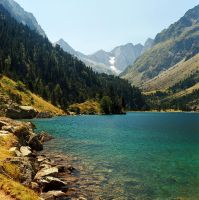 Pyreneen Lake by Austinii
