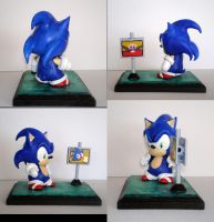 Chris Sonic Munny by saaio