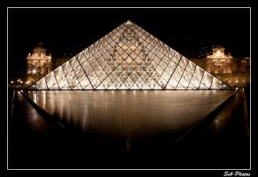 Paris - the Louvre pyramid by Seb-Photos