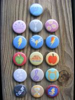 16 NEW My Little Pony buttons by papelshop