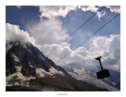 F04:Cable Car to the Clouds by cubemb