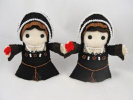 Anne Boleyn dolls by deridolls