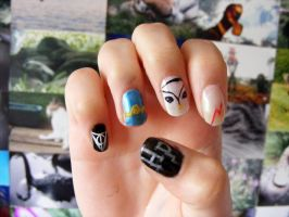 Harry Potter Nails- Right Hand by barkingmadcaz