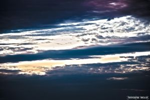 Nuages HDR surreal by thauzar