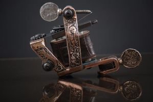 Bronze tattoo machine by SkinDiggers