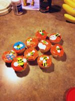 Bee cupcakes by Keltain