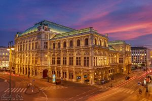 Vienna Opera by Nightline