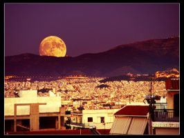 August Foolmoon over Athens by fruitsoflunacy