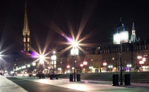 Bordeaux by Night by Rea-the-squirrel