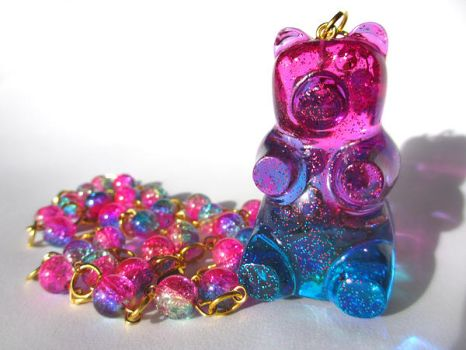 Ombre Gummy Bear necklace by pinkminx