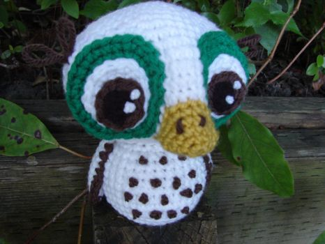 Itty Owl by voodoomaggie