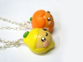Kawaii lemon / kawaii orange necklace by TenereDelizie