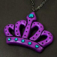 Purple Crown Necklace by beatblack