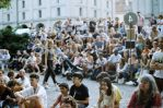 Buskers - crowd by Picture-Bandit
