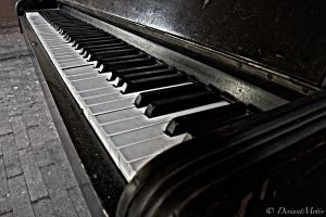 Silent Piano by DeviantMotiv