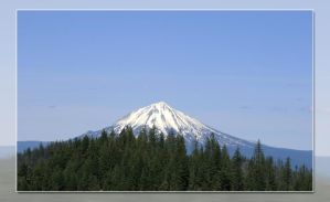 Mount McLoughlin by khammond