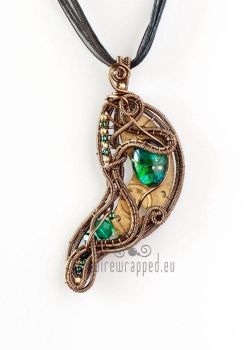Steampunk leaf pendant by ukapala