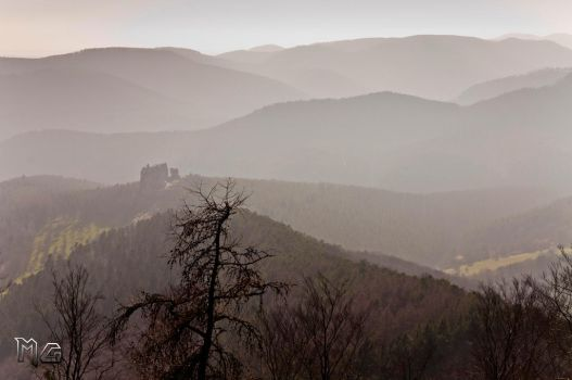 Lost castle by Goethesphoto