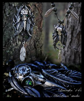 forest catcher - necklace with green opals by Laurefin-Estelinion