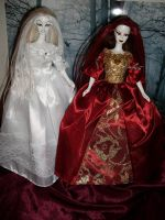 snow white and rose red OOAKs by DivinityNemesis