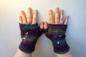 Embroidered Gloves by VickitoriaEmbroidery