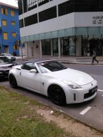 White Nissan 350Z Roadster Z33 by Amgnismo
