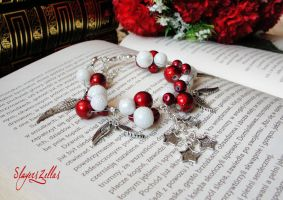 Special christmas bracelet - spectra and snowballs by Benia1991