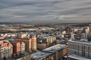 Mount Rainier from Tacoma by arnaudperret