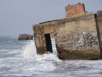 World's End 005 Ruins in Stormy Seas by LuDa-Stock