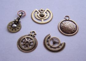 Clockpunk pendants 1 by Astalo