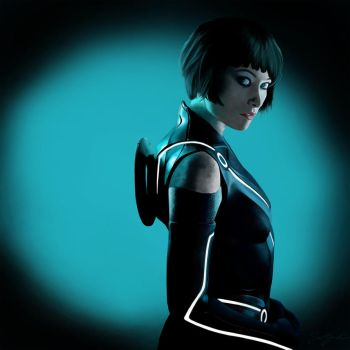 Olivia Wilde Tron Legacy Reproduction by NoxPsycho