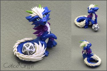 Blue Cayo Dragon - dice holder by CalicoGriffin