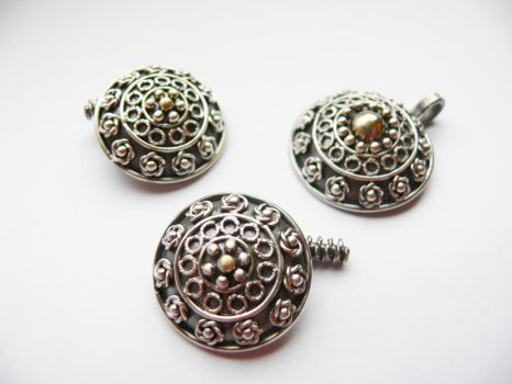 Silver with gold cufflinks and pendant by irineja