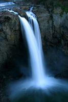 Snoqualmie Falls by hillaustind