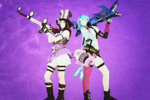 Caitlyn and Jinx by MachineRule