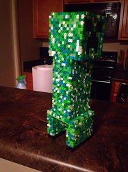 10 Inches of CREEPY! 3D Creeper 1 by xXXxNightShadexXXx