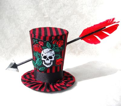 Tiny Top Hat: Gothic Mutiny by TinyTopHats