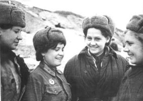 Russian female soldier group 3 ww2 by UniformFan