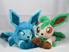 Glaceon and Leafeon beanies
