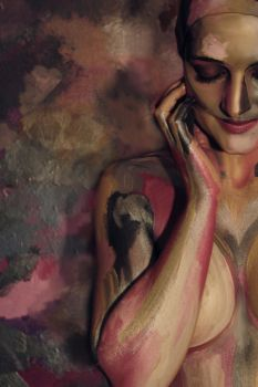 Bodypainting - gold, silver, pink by mihepu