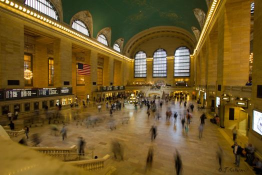 1 second Grand Central Terminal by Sockrattes