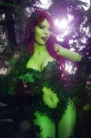 Poison Ivy ~ Feel the thorns' embrace! by magmasaya