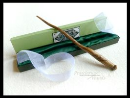 Handmade Wand RB-357q by PraeclarusWands